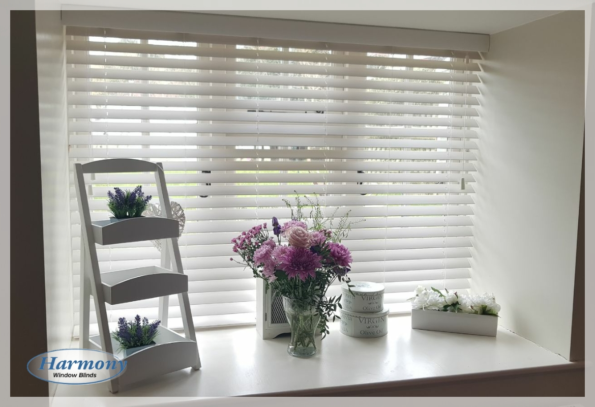 Wooden Blind with Decorative Sill