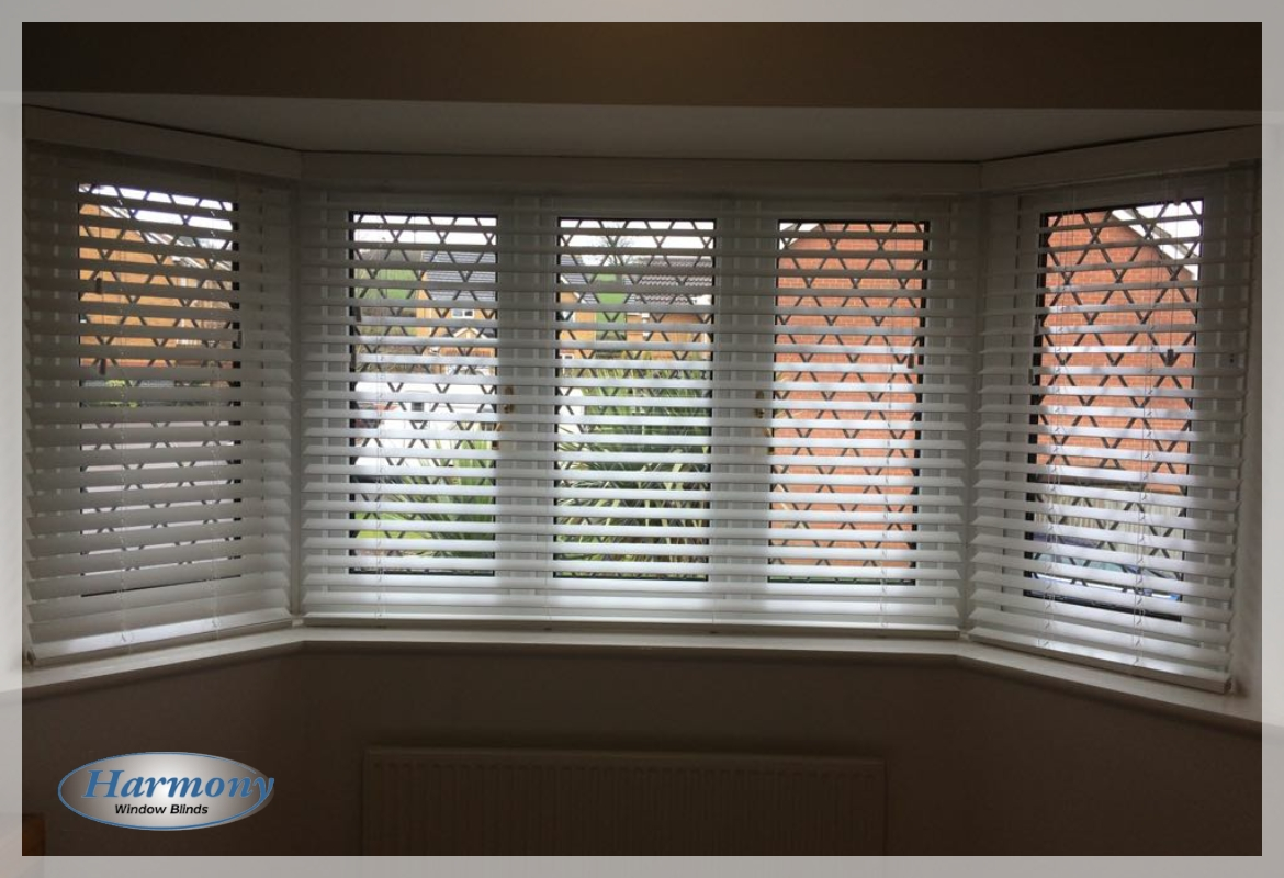 Wood Venetian Blinds In An Angled Bay Window Harmony