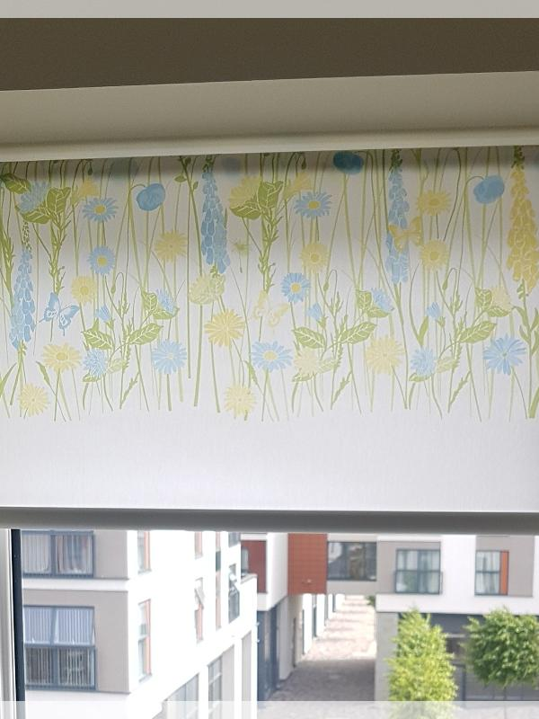 Country Garden Pattern Roller Blind