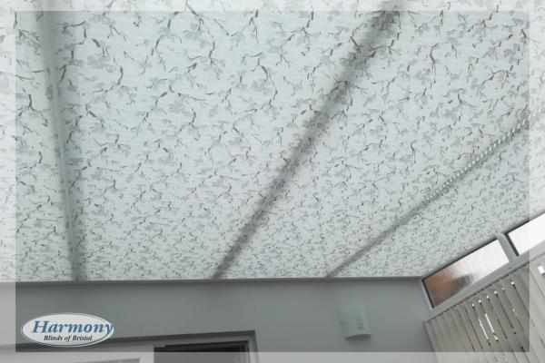 Floral Pattern Pleated Roof Blinds