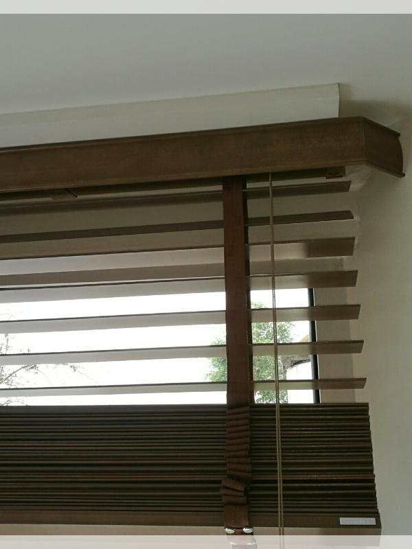 Rustic Oak Wooden Blind - Close Up