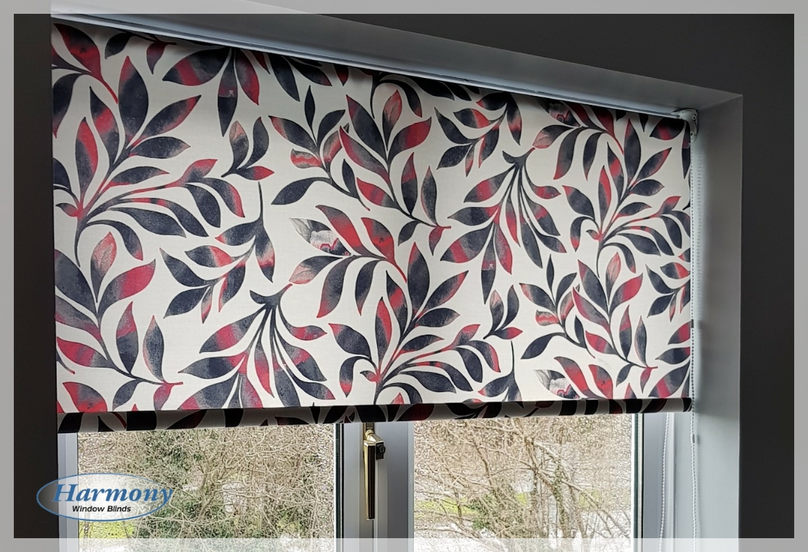 Contemporary Floral Red Amp Blue Pattern Roller Blind