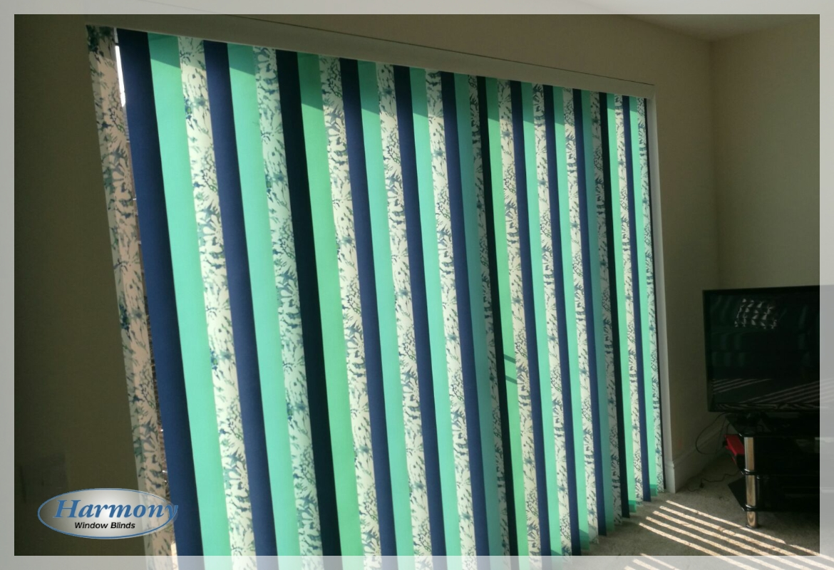 Mixed Colour Drapes for Vertical Blind